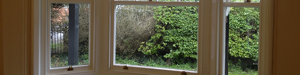 Don't get caught in the cold this Winter. We specialized in draught proofing for box sash windows